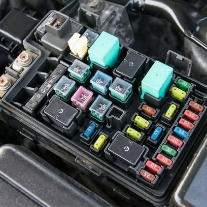 Auto Elektro